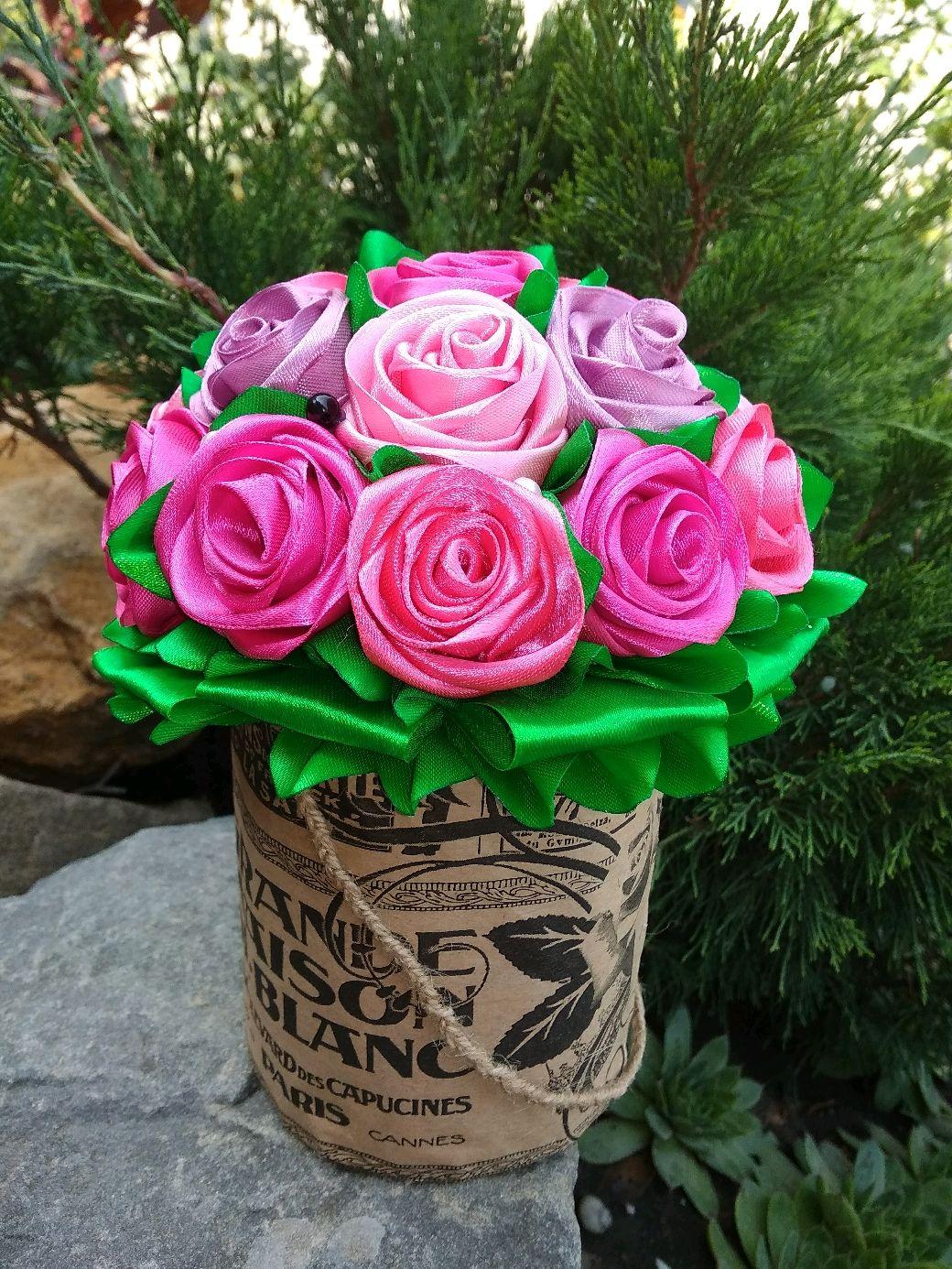 Букет цветов, купить букет роз из ленточкой