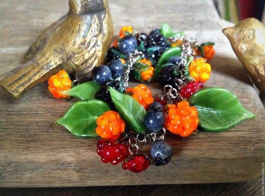 браслет авторский лэмпворк браслет ягодыиз стекла  браслет морошка браслет костяника браслет черника браслет ягоды из стекла