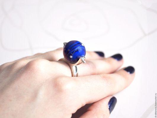 """Кольца ручной работы. Ярмарка Мастеров - ручная работа. Купить Кольцо из серебра и муранского стекла """"Глубокий синий"""". Handmade."""