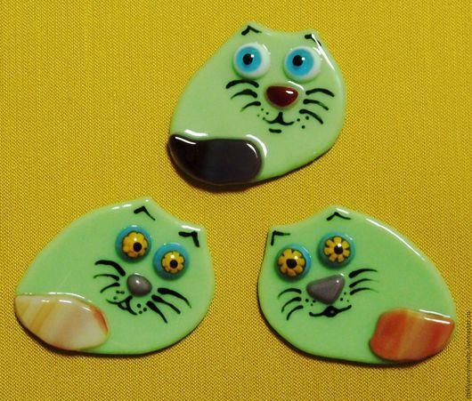 Броши ручной работы. Ярмарка Мастеров - ручная работа. Купить котики, фьюзинг, стекло, брошь, кулон, магнит, украшение. Handmade.