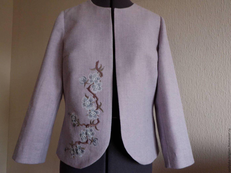 Вышивки на одежде сакура