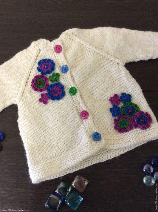 Одежда для девочек, ручной работы. Ярмарка Мастеров - ручная работа. Купить Кофточка для малышки. Handmade. Белый, малыш, теплый подарок
