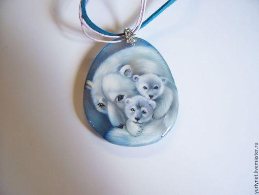 кулон`Белые медведи` роспись по камню