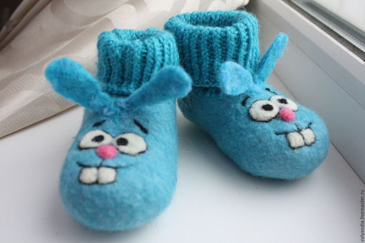 """Обувь ручной работы. Ярмарка Мастеров - ручная работа. Купить Пинеточки  """"Крошки"""". Handmade. Голубой, кролики, валяние из шерсти"""