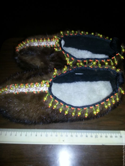 Обувь ручной работы. Ярмарка Мастеров - ручная работа. Купить Тапочки домашние из норки. Handmade. Коричневый, сувенир из россии