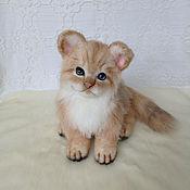 Мягкие игрушки ручной работы. Ярмарка Мастеров - ручная работа Пушистый котенок Люси. Handmade.