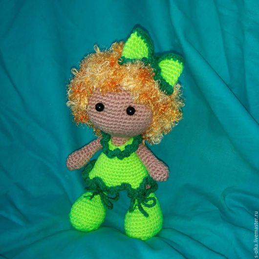 Человечки ручной работы. Ярмарка Мастеров - ручная работа. Купить Куколка вязаная Рыжик  кукла игрушка Рыжая Неоново-зеленый Загар Отдых. Handmade.