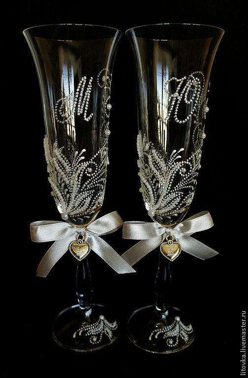 Свадебные аксессуары ручной работы. Ярмарка Мастеров - ручная работа. Купить Свадебные бокалы с инициалами. Handmade. Бокалы, подарок