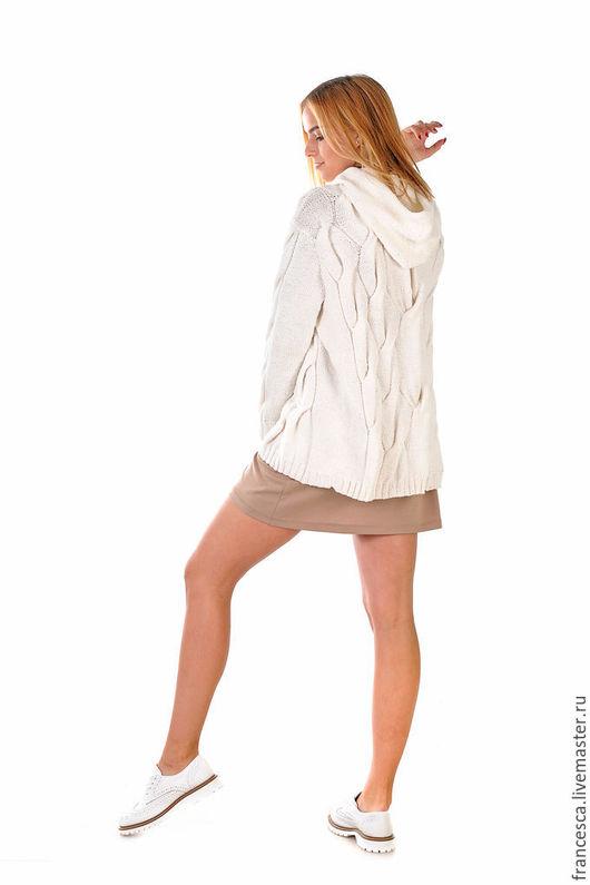 Кашемировый пуловер джемпер свитер с капюшоном - Hoody снова в моде. Дизайнерская одежда ручной работы Cashmere Francesca.