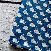 Материалы для творчества ручной работы. Ярмарка Мастеров - ручная работа Корейский хлопок Киты на синем фоне. Handmade.