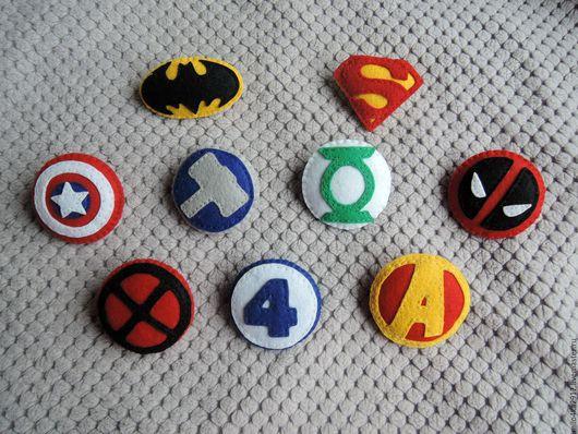 Броши ручной работы. Ярмарка Мастеров - ручная работа. Купить Значки супергероев из фетра. Handmade. Комбинированный, супергерои, супергерой, фетр