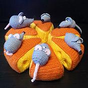 Подарки к праздникам ручной работы. Ярмарка Мастеров - ручная работа Сыр и мыши. Сырный торт. Handmade.