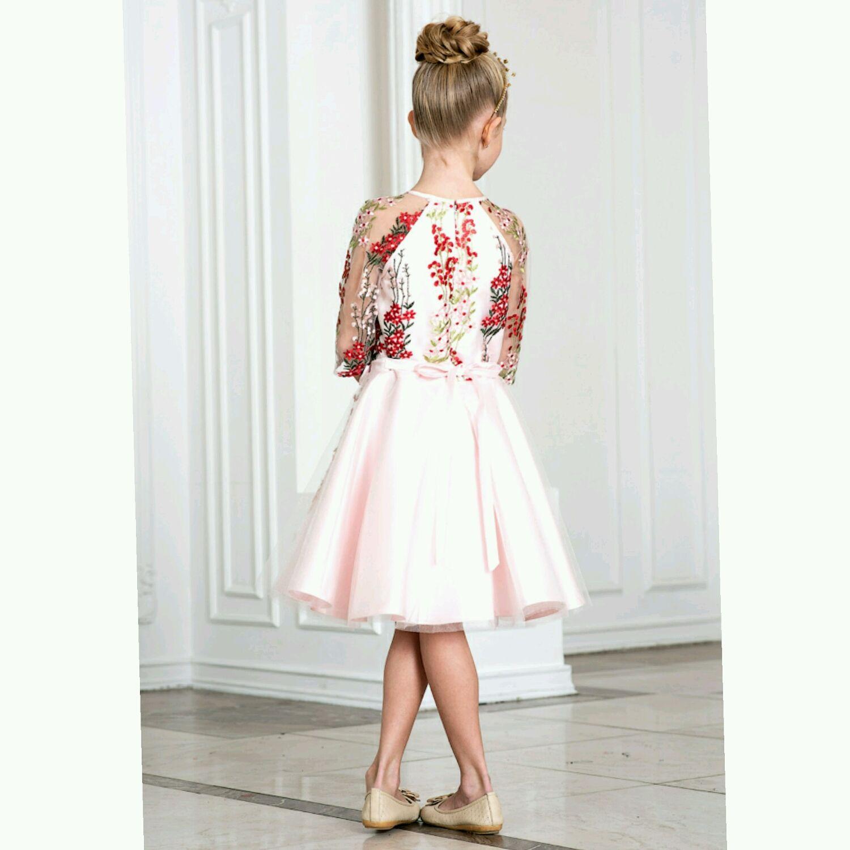Платье нежного розового цвета с вышивкой