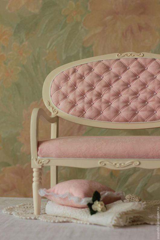 """Кукольный дом ручной работы. Ярмарка Мастеров - ручная работа. Купить Скамья 1:4 """"Розовые сливки"""". Handmade. Мебель для кукол"""