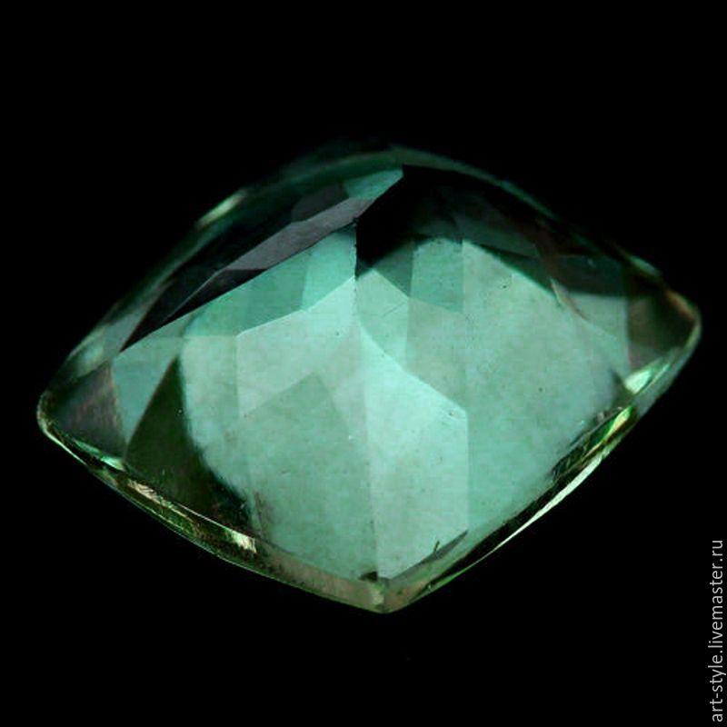 Полудрагоценный камень аквамарин: свойства, цвета