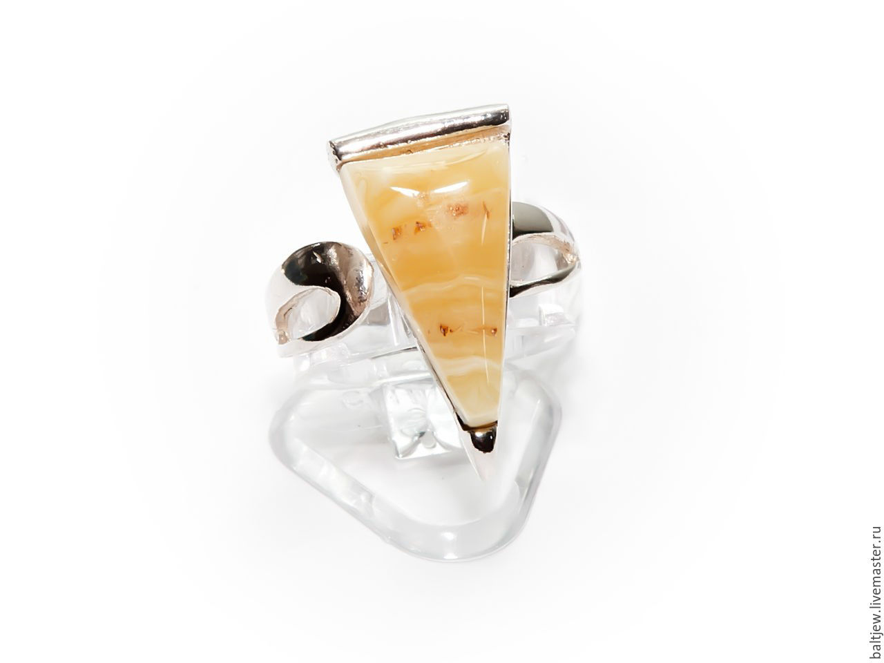 Silver ring with amber, 925. Baltic amber color of tea with milk, infinity. Ring dimensionless, from 17 to 19 size.