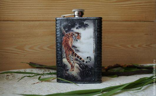 Подарки для мужчин, ручной работы. Ярмарка Мастеров - ручная работа. Купить Фляжка Тигр. Handmade. Фляжка, подарок на любой случай