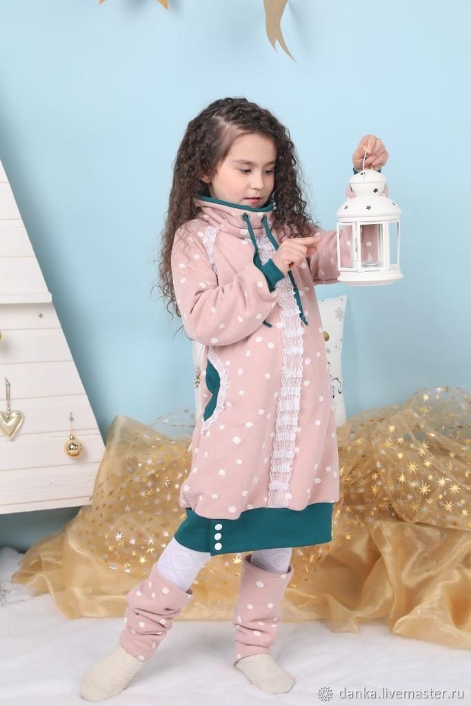 Платье на девочку ростом 128-134 из теплого трикотажа