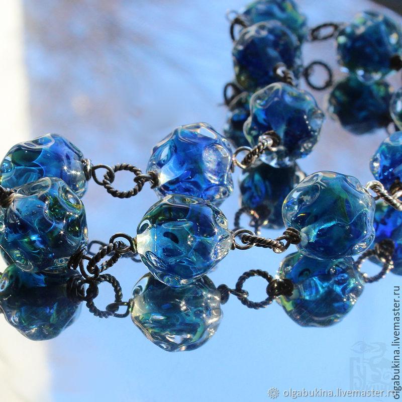 Браслет Блики на воде. Синий, голубой, зеленый. Серебро лэмпворк