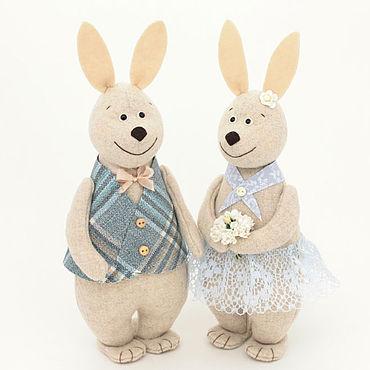 Куклы и игрушки ручной работы. Ярмарка Мастеров - ручная работа Кролики на свидании - романтический подарок девушке. Handmade.
