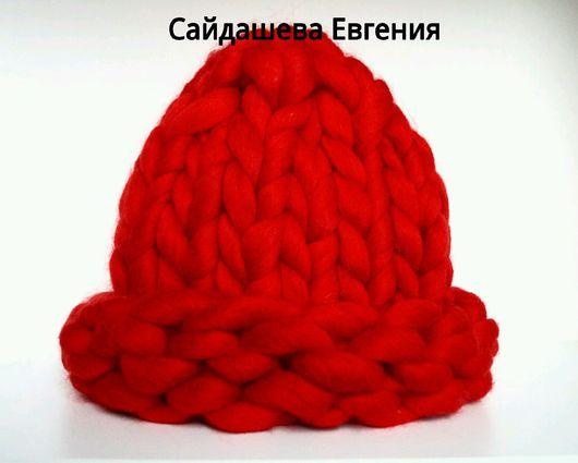 Шапки ручной работы. Ярмарка Мастеров - ручная работа. Купить красная вязаная шапка Helsinkihat. Handmade. Шапка