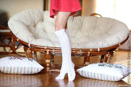 Носки, Чулки ручной работы. Ярмарка Мастеров - ручная работа. Купить Чулки, гольфы выше колена белые из 100% мериносовой шерсти. Handmade.