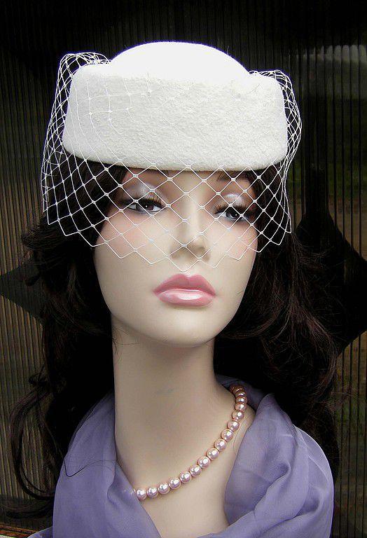 """Шляпы ручной работы. Ярмарка Мастеров - ручная работа. Купить Таблетка с вуалькой """"Топленое молоко"""". Handmade. Шляпка с вуалью, шляпка"""