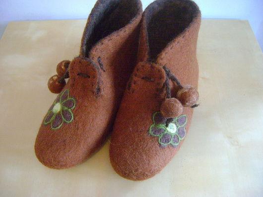 Обувь ручной работы. Ярмарка Мастеров - ручная работа. Купить Ботиночки валяные для дома. Handmade. Валяние, Мокрое валяние, коричневый