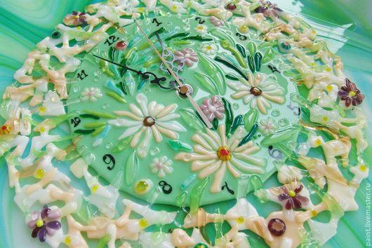 Часы для дома ручной работы. Ярмарка Мастеров - ручная работа. Купить Часы фьюзинг, Полевые цветы. Handmade. Мятный