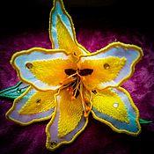 Цветы ручной работы. Ярмарка Мастеров - ручная работа Цветок, вышитый шелковыми нитками. Handmade.