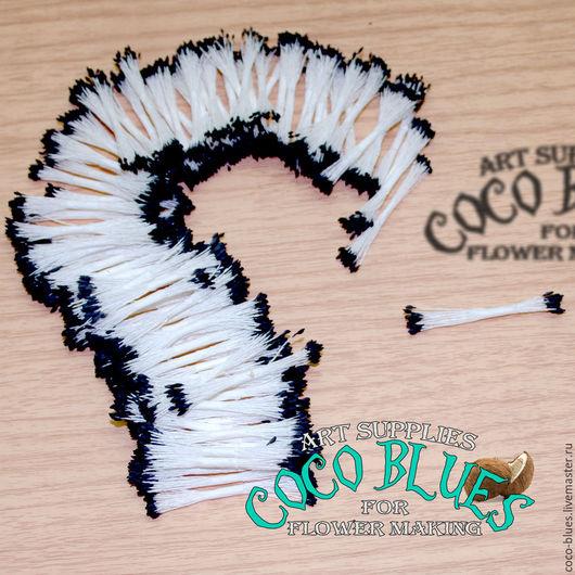 Тычинки. Мелкие черные головки на белой нити Тайские тычинки очень хорошего качества.  `Кокосов Блюз` Таиланд  © Coco Blues (Thailand) Co. Ltd