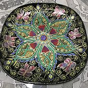 Тарелки ручной работы. Ярмарка Мастеров - ручная работа Тарелка декоративная «райские цветы и сказочные бабочки». Handmade.