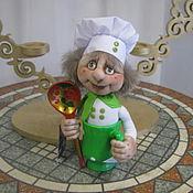 Мягкие игрушки ручной работы. Ярмарка Мастеров - ручная работа Кукла Поваренок в кружке. Handmade.