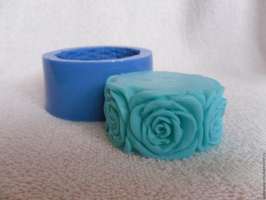 """Другие виды рукоделия ручной работы. Ярмарка Мастеров - ручная работа. Купить Силиконовая форма для мыла """"Шайба с розами"""". Handmade."""
