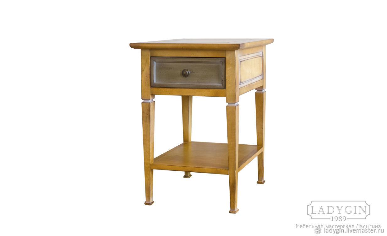 Деревянная прикроватная тумбочка из классической коллекции мастерской, Мебель, Дубна, Фото №1