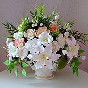"""Композиции ручной работы. Ярмарка Мастеров - ручная работа Букет с лилиями и розами: """"Ваша Светлость"""". Handmade."""