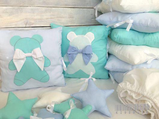 Детская ручной работы. Ярмарка Мастеров - ручная работа. Купить Комплект в кроватку Mint Teddy: бортики, простынь и одеяло. Handmade.