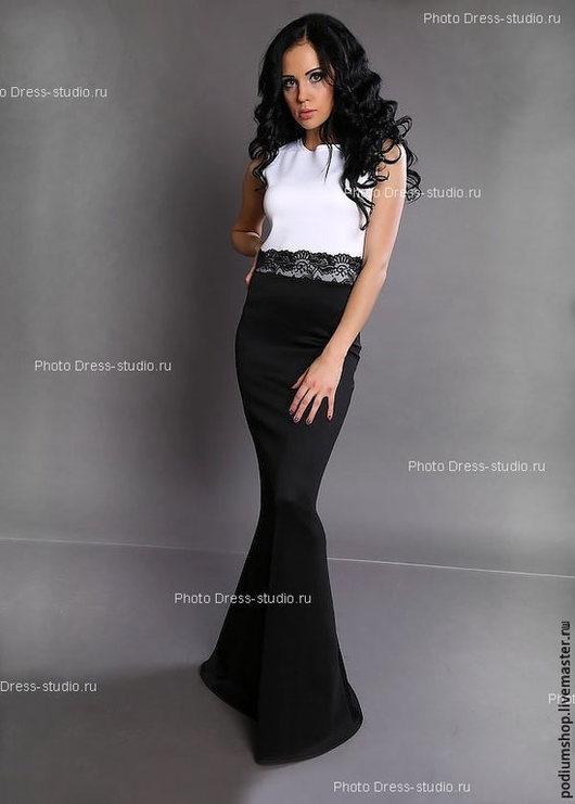 Черно белое платье с кружевом
