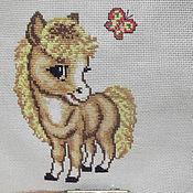 """Картины и панно ручной работы. Ярмарка Мастеров - ручная работа Вышитая картинка """"Веселая лошадка"""". Handmade."""