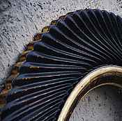 Для дома и интерьера ручной работы. Ярмарка Мастеров - ручная работа Круглая настенная рама для зеркала из массива дерева.. Handmade.