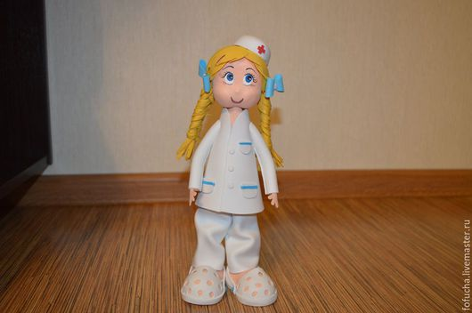 Человечки ручной работы. Ярмарка Мастеров - ручная работа. Купить Доктор. Кукла из фоамирана. Handmade. Белый, профессия, авторская игрушка