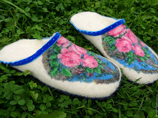 """Обувь ручной работы. Ярмарка Мастеров - ручная работа. Купить Тапочки валяные женские """" Цветочная корзинка"""". Handmade. Белый"""