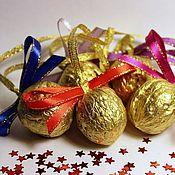 Подарки к праздникам ручной работы. Ярмарка Мастеров - ручная работа Новогодние елочные игрушки-сюрпризы с пожеланиями. Handmade.