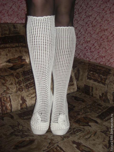 сапожки-чулки из хлопка, повторяют форму ноги, голенище можно опускать-поднимать.