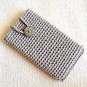 Чехол ручной работы. Ярмарка Мастеров - ручная работа Вязаный крючком чехол для мобильного телефона. Handmade.