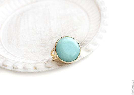 Кольца ручной работы. Ярмарка Мастеров - ручная работа. Купить Круглое кольцо с нефритом мятного цвета. Handmade. Подарок, латунь