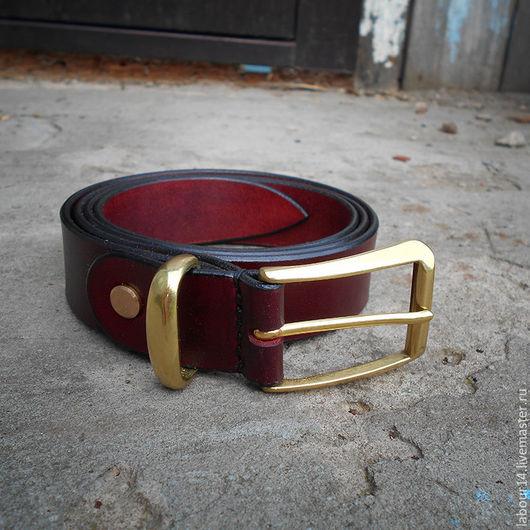 Пояса, ремни ручной работы. Ярмарка Мастеров - ручная работа. Купить Ремень брючный кожаный 30мм Бордо. Handmade. Бордовый
