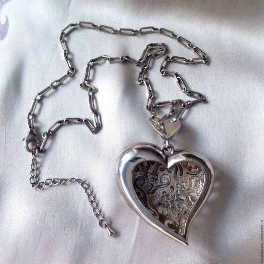 Винтажные украшения. Ярмарка Мастеров - ручная работа. Купить Кулон сердце на цепочке, винтаж. Handmade. Серебряный, винтажная бижутерия