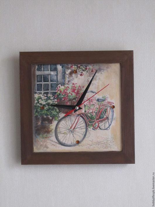 """Часы для дома ручной работы. Ярмарка Мастеров - ручная работа. Купить Часы настенные """"Ретро велосипед"""". Handmade. Декупаж, подарок"""