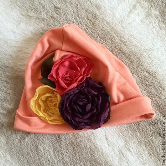 Шапки и шарфы ручной работы. Ярмарка Мастеров - ручная работа. Купить Шапочка для девочки. Handmade. Коралловый, шапочка с цветами, вискоза